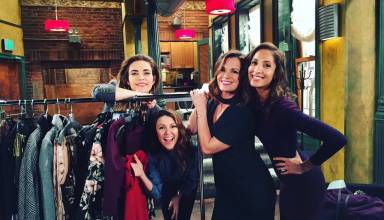 The girls. #YR  @ameliamheinle @Theehendrickson @ChristelAdnana